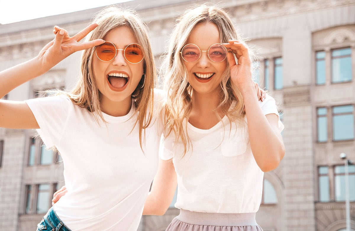 Think by the time you turn 30 you need to have this whole 'adult' thing down pat? You definitely don't, but there are certain things women should know by the time 30 comes around (or even sooner).