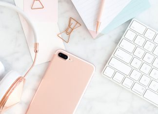 Everyone knows about the humble to do list, but do you use lists in other ways? These are the types of lists you should be using every day to help focus, be more productive and feel more organised.