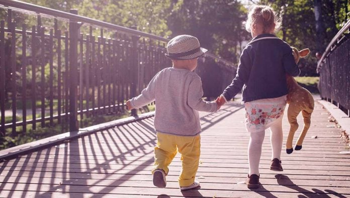 As adults, we are the ones who are supposed to be teaching our children about the world and life, but there are life lessons we can learn from children too.