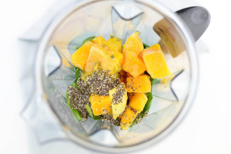 Green Smoothie | Healthy Smoothie | Fruit Smoothie | Healthy | Women's Health | Green Smoothie Inspiration | Smoothie Recipe | Breakfast Smoothie | Summer Smoothie | Green Smoothie Recipe