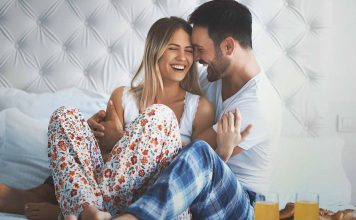 Feel like you're in a romance slump? Wish you could get your husband to be more romantic? You can with these tips to boost romance in your relationship!