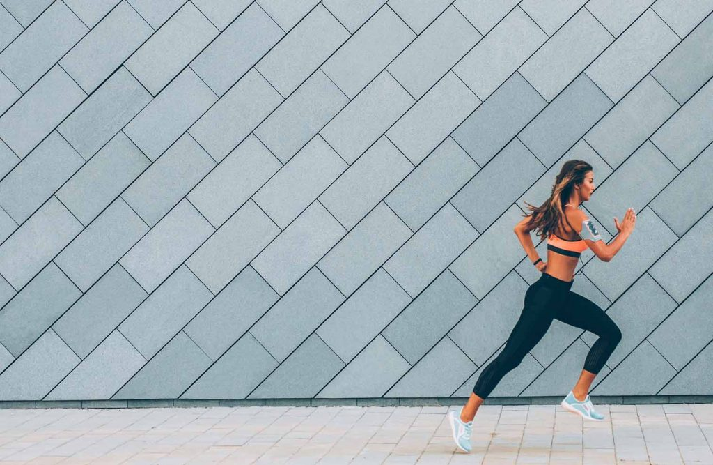 Long gone are the days when we think healthy means aerobics classes and low fat everything. We now know 'healthy' comes from these habits of healthy women.