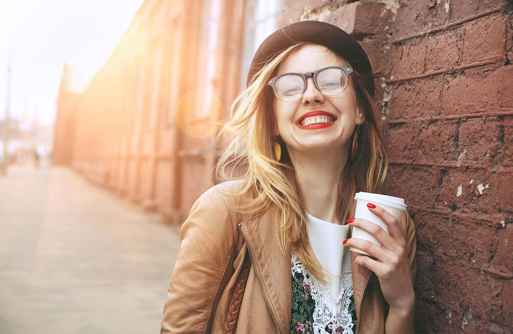 Wondering what it is that happy women do so differently? It's not a big secret, it's quite simple. These are things every happy woman does. Do you do them?