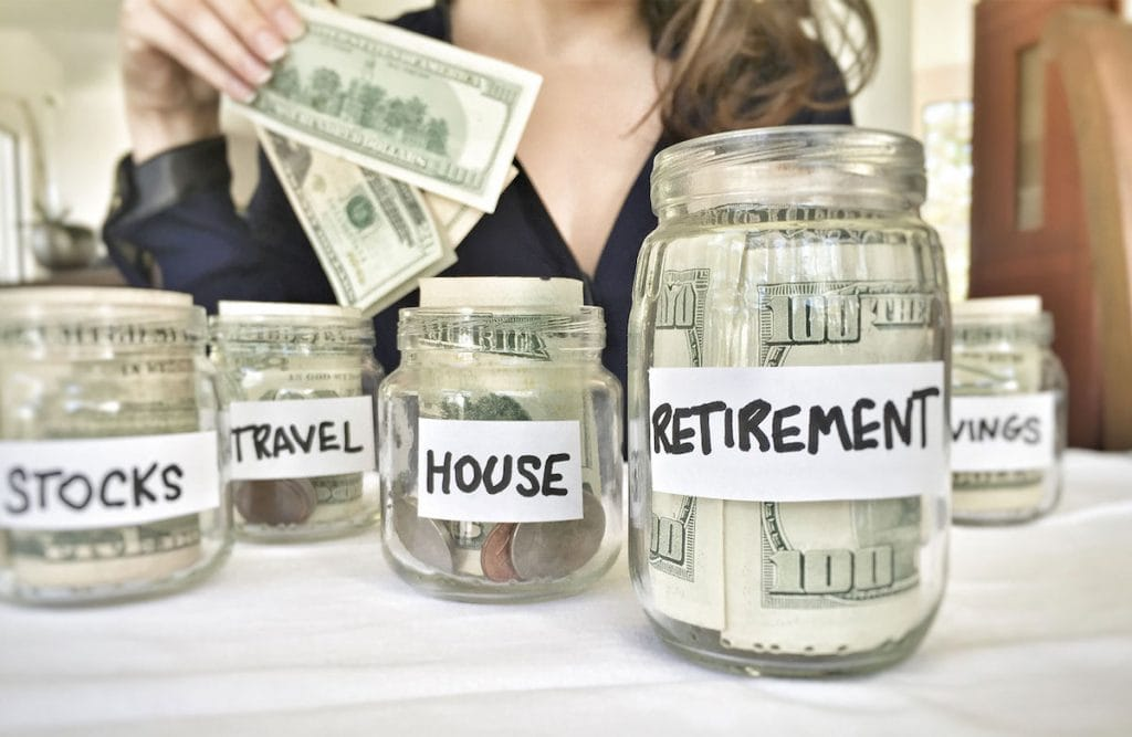 Living frugal isn't just for those on a low income. Whether you're wanting to save a bit of extra money or if you're chasing your financial goals, these extreme frugal living tops will get you there fast.
